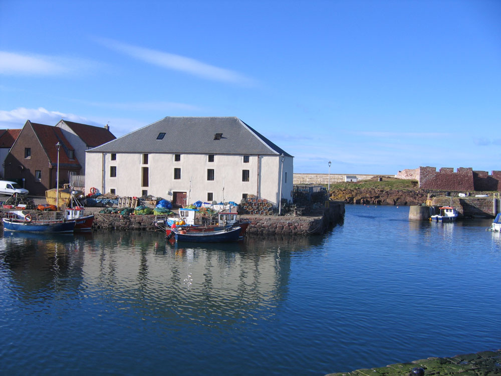 Dunbar harbour photo
