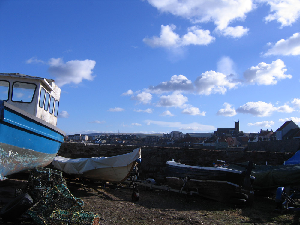 view of Dunbar shoreline and boats